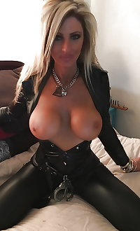 amateur milfs and matures 02