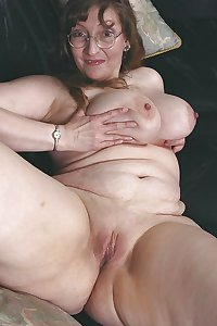 Aunt judys nude pics